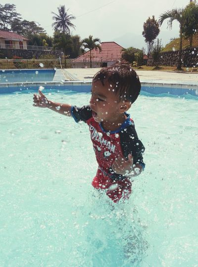 Faces Of Summer when cool water becomes my playground Water Swimming Pool Splash Holiday