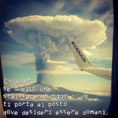 Sensación extraña es volver a tu país y sentir que tu sitio está en otra parte!! Aprestocatania Destinogalicia Catania