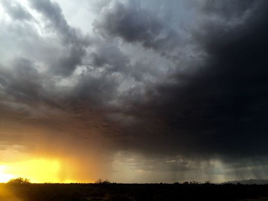 Two toned monsoon sky in Safford, Arizona: Safford, Arizona Sunset Desert Light Nature Sunset Clouds Monsoonseason Arizona Sky Beauty Skies Colors Color Skypainters Arizona Safford Mothernature Outdoor Photography Sky Beauty In Nature Nature_collection