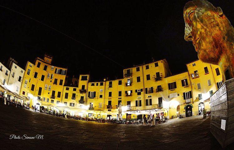 Piazza Dell'anfiteatro Lucca.