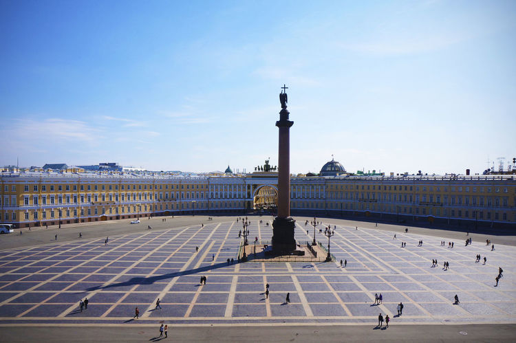 2014 Architecture Day Hermitage Museum Outdoors Russia Saint Petersburg Sky Санкт-Петербург エルミタージュ美術館 サンクトペテルブルク ロシア Plaza People Shadow Tower 冬宮殿