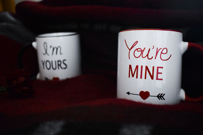 Arrow Blanket Close-up Communication Cupido Day Feelinggood Happiness IAmYours Indoors  Love Mug Mugs No People Not Alone Script Text Throw Together Truelove Valentinesday Warmth White Youaremine Youaremylove