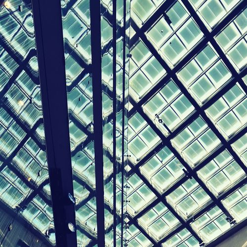 Sky roof and mirror inception Architecture Low Angle View Built Structure Sky Indoors  Roof Design Glass Detail Mirror Inception Reflection Modern Natural Light Structure