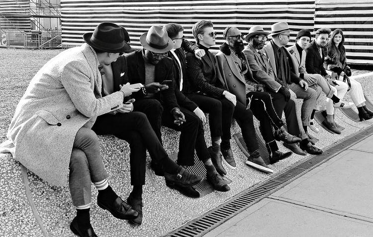 Italian Fashion EyeEm Best Shots People Moda Sitting Adult Full Length Men Togetherness