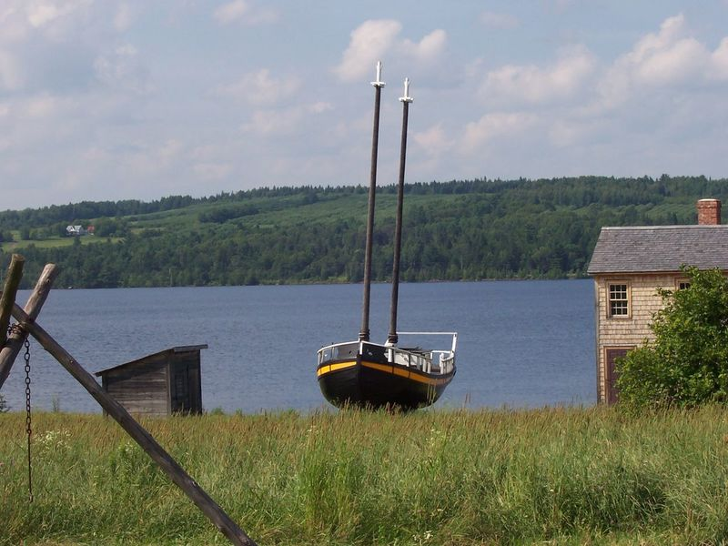 Boat King's Landing Lake Nature Non-urban Scene Outdoors Scenics Sky Tranquil Scene Tranquility Water Rural Countryside Ship
