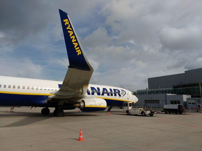 EyeEm Selects Ryanair DUS Weeze North Rhine Westphalia, Germany 🇩🇪 Deutschland
