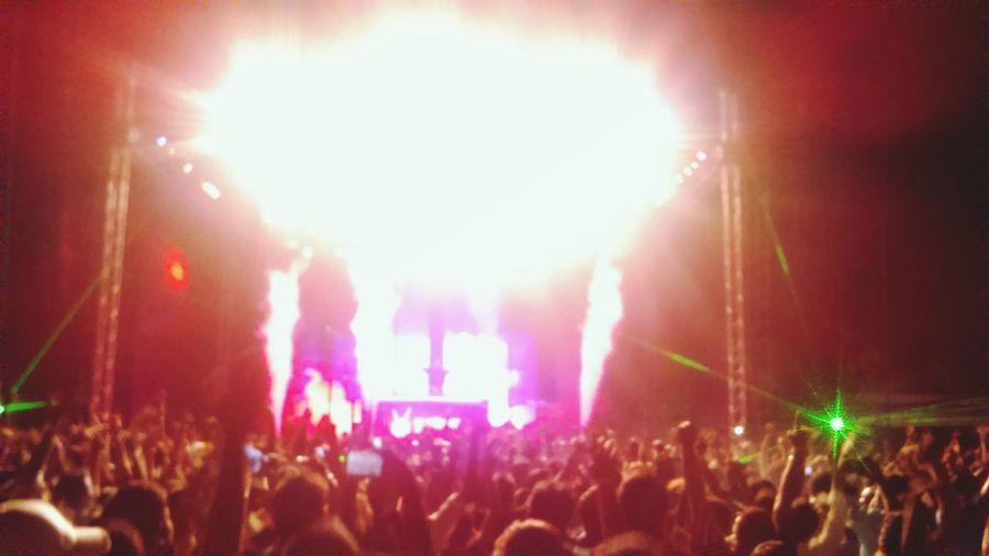 DJs or BJs, love em both W&W Bassjackers Enjoying Life Edm Nightlife Party Soundtrack Of Our Lives
