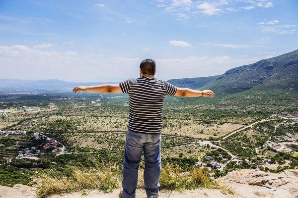 Make Magic Happen Relaxing Climb Peña De Bernal Top Achievement Hiking