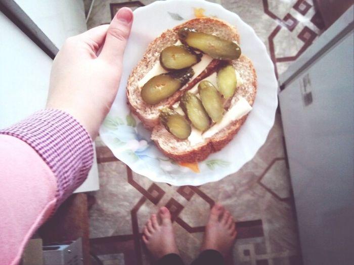 Russian Buter Buter Sandwich Time Enjoying A Meal
