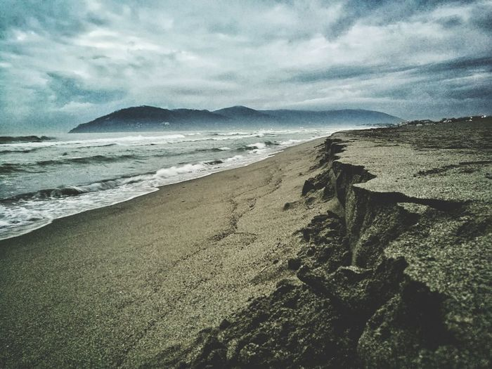Beach Sea Sand Nature Shore Horizon Over Water Beauty In Nature Outdoors Tranquility Scenics Sky Tranquil Scene No People Water Wave Vacations Day Huaweiphotography HuaweiP9 Huawei P9 Leica Seascape Photography Huawei Shots Landscape Seashore Dramatic Sky