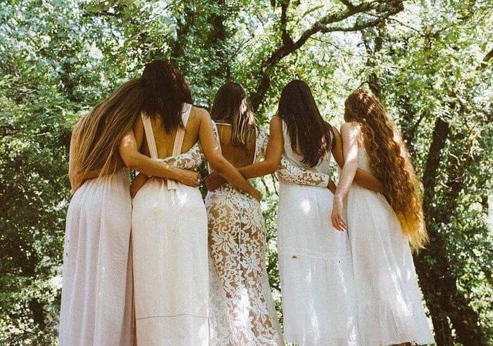 Togetherness Tree Young Women Long Hair Person Low Angle View Young Adult Panoramic Friendship Portrait Of A Woman ArtWork Fine Art Photography Vintage Beauty Femininity Light Naturallight