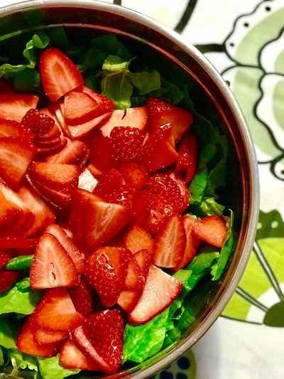 Strawberry salad Salad Spinach Spinach Salad Strawberry Food And Drink Indoors  Freshness Food Fruit Healthy Eating No People Bowl Close-up Ready-to-eat Day