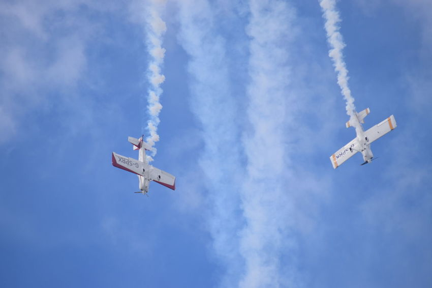 Southport Airshow 2016 Stunt Planes Descending Smoke Trails Mid-air Blue Sky Cloudy Flying Sky Outdoors Airshow