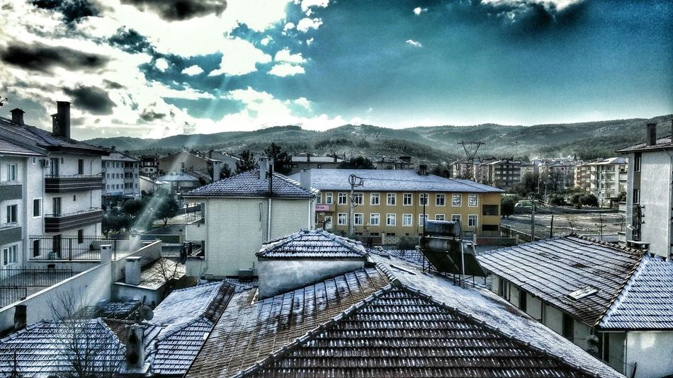 Heavy Filter HDR Landscape Snow Roof
