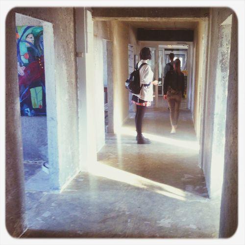 Popup restaurant hallways