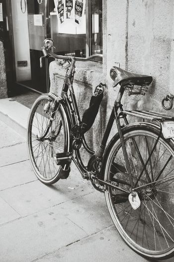Streetphotography Barcelona Bicycle Perfection Ride Or Die Discover Your City Ride Your Way