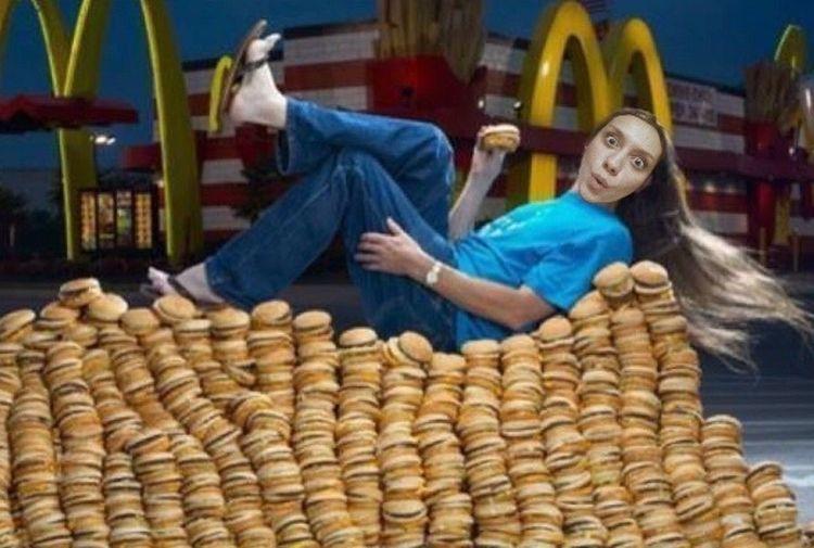 Mcdonalds простите, да, я царица бургеров Burgers Selfie ? Joke