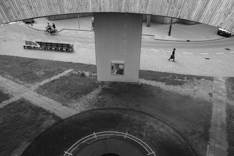 Luchtsingel Brug B&n B&w Monochrome Archineos Bianco E Nero Black And White Blanco Y Negro Holland Luchtsingel Luchtsingel Brug Rotterdam Street Photography Ugo Villani Urbanphotography