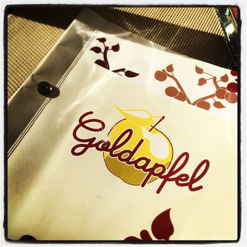 Empfehlenswert zum essen gehen in #Berlin #Goldapfel Berlin Goldapfel
