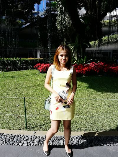 Outdoors Flower Day Nature Smiling Full Length Portrait Front View Self Portrait New Hair Style Keeping It Classy Casual Clothing Fashion&love&beauty Casual Look OOTD ❤ Selfie ✌ Yellow Dress Mididress Just Being Me Hello World Stay True, Be YOU ❥ Classygirl Selfie Dress Under The Sun