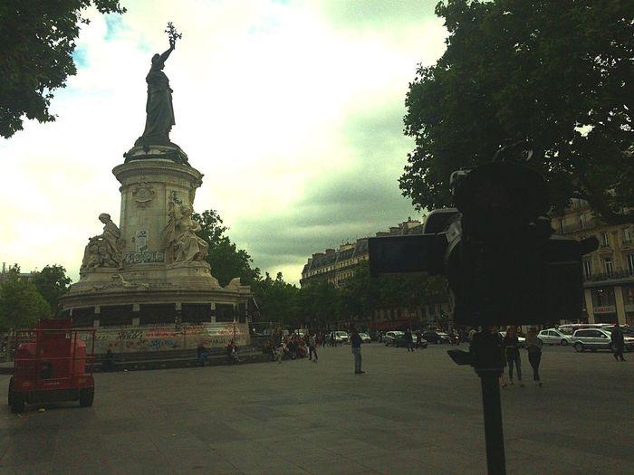Filming Project Timelapse Firstday Republique Paris