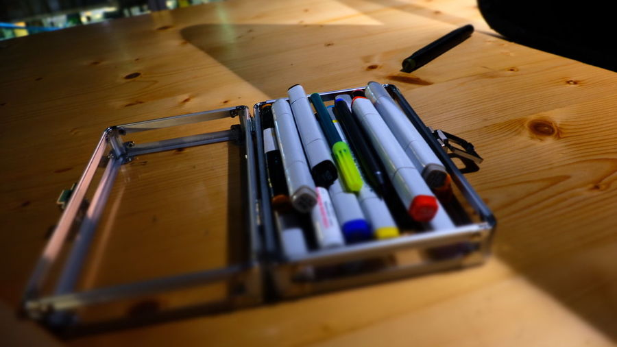 EyeEm Selects Selective Focus Close-up Table No People Sketchpens Tools Of The Trade Colours