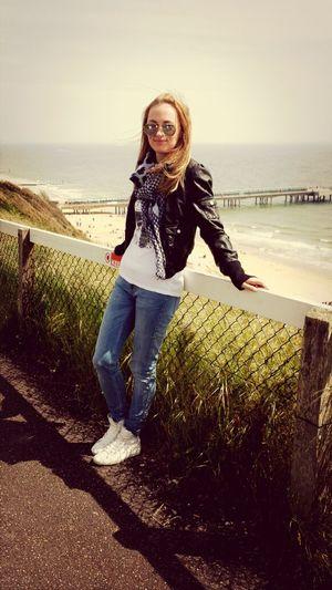 That's Me Enjoying Life Hello World Boscombe Pier