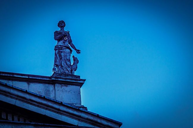 Ireland🍀 Dublin Street Photography Statue Rooftop Dublin Gpo Nightphotography My City History