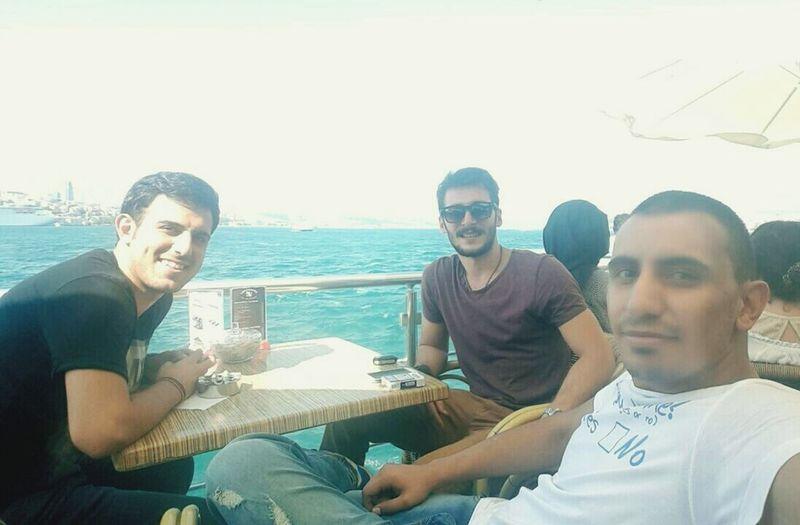 Cool Boys Sea Good Day Good Times