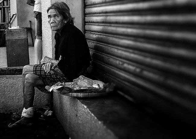 Eyeem Philippines Streetphotography Blackandwhite Candid Real People Check This Out