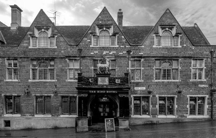 The Hind Hotel, Sheep Street, Wellingborough, Northamptonshire Architecture Monochrome Photography Northamptonshire Pubs Northampton Pubs Monochrome Town FUJIFILM X-T2 Black And White Urban Wellingborough Street Hotel Coaching Inn