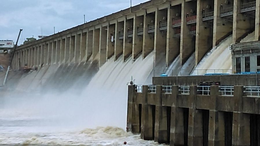 Generating power Hydroelectric Power Architecture Built Structure Lake Of The Ozarks. Bagnell Dam Dam Water Flooding Flood Control