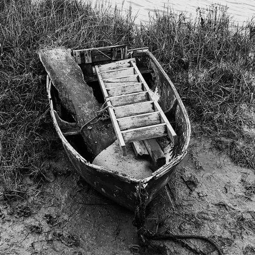 Dinghy Step Ladder Old Low Tide Black And White Junk Maldon Essex