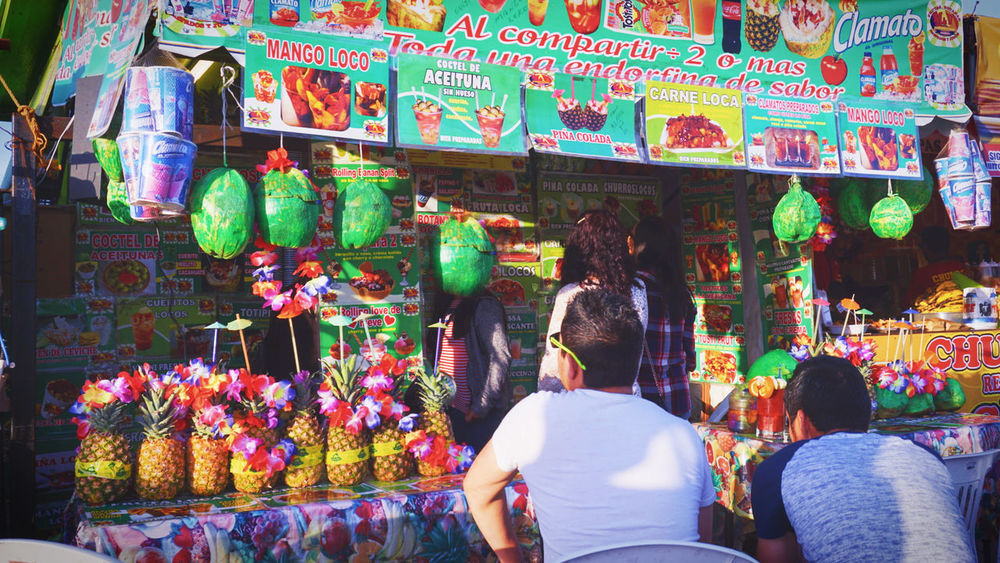 tropical Buying Day Freshness Fruits Lifestyles Market Men Multi Colored People Real People Rear View Street Streetphotography Sumer Sumertime Sommergefühle