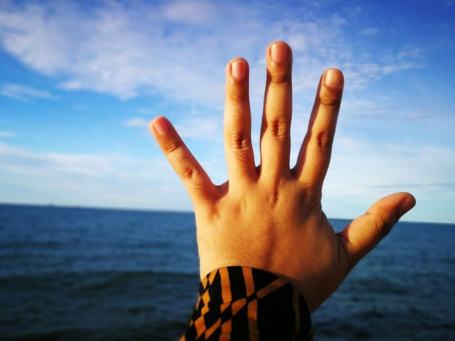 Human Hand Human Body Part Human Finger Sky Sea Palm Nature People Close-up Horizon Over Water Day Water Outdoors Adult Malaysia Kuala Terengganu Sommergefühle Done That.