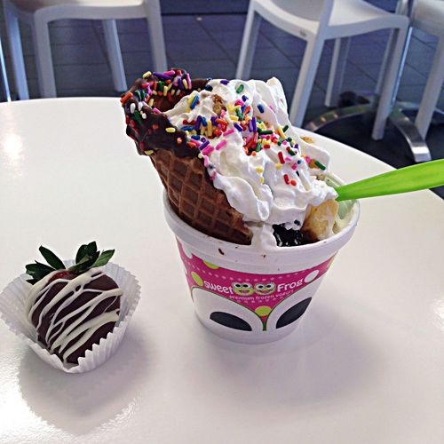Sweet Frog Being A Fatass So Good My Favorite