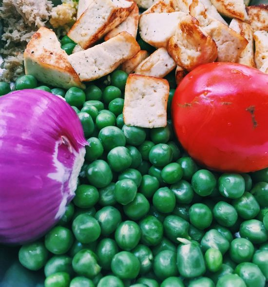 Gourmet Peas Onions Paneer Cheese Panini Paneer Cheese Green Peas Peas Bell Pepper Tomato Onion Food And Drink Food Vegetable Healthy Eating Freshness Tomato No People Red Bell Pepper Green Color Multi Colored Red Close-up Indoors