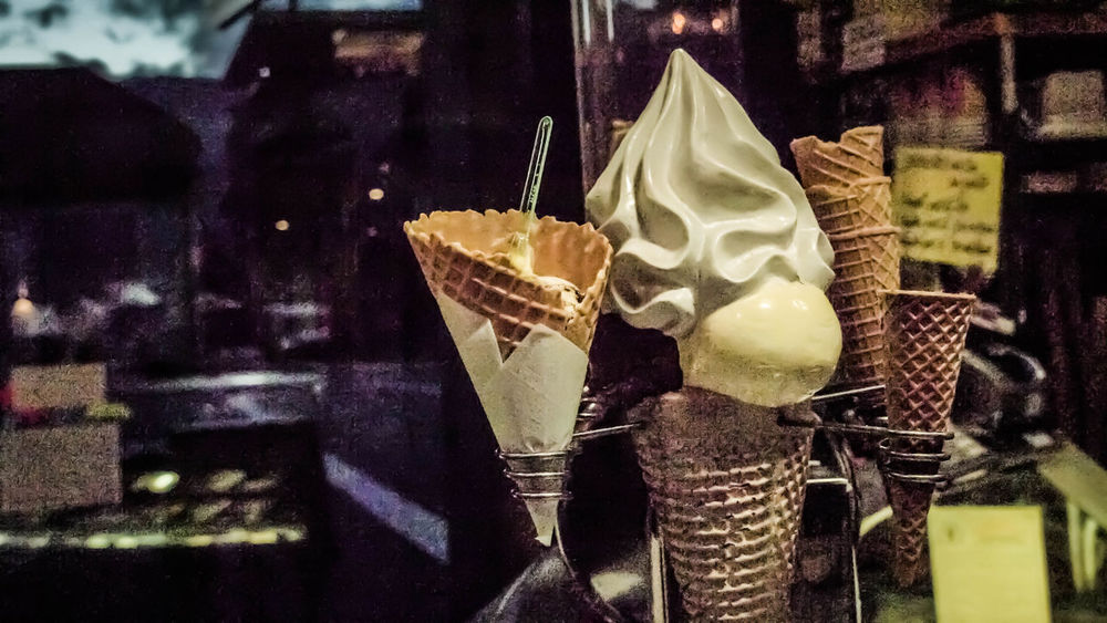 Bad Quality Close-up Could  Destroyed Good And Bad I Ice Cream Michael Nagelschmied MigiKigi No People Noisy Old Outdoors Vintage Warm