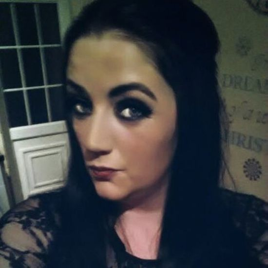Start of night when makeup was heavier ! Xmasworksdoo Christmas2015 Blackhair Blackmakeup BlackDress Greeneyes Lacedress Laura Chesterfield Sunflowerhealthcare Chronicillnesssufferer Hypermobilitysyndrome Fibromyalgia Healthcareworker