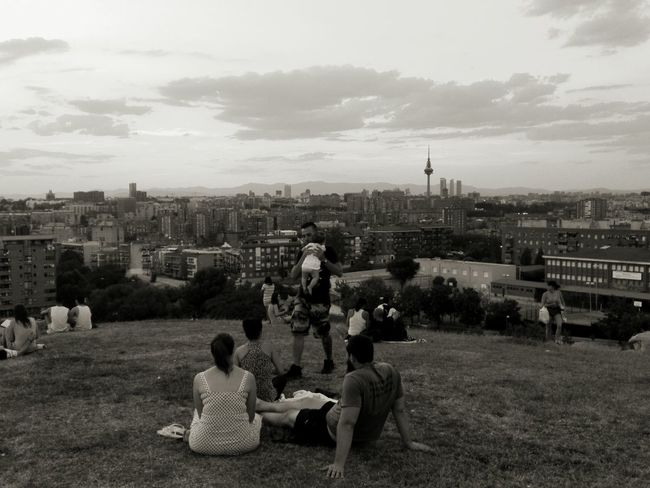 People Together Showcase July Family Dad And Daughter Sunset Pirulí Madrid Madrid, Spain Cityscape Cityscapes Blackandwhite Black And White People People Watching Mirador Vallecas SieteTetas Parque De Las Siete Tetas EyeEm Gallery Learn & Shoot: Balancing Elements