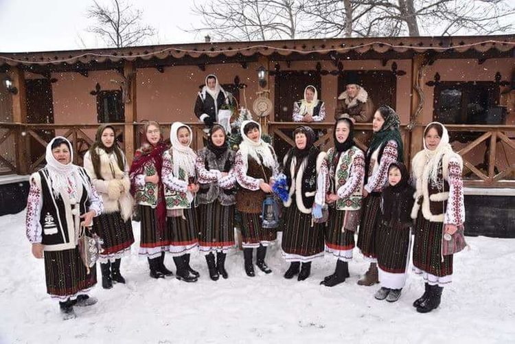 Happy People❤ Sweet😍 Republic Of Moldova Traditional Culture Traditional Costume Winter Holiday Arts Culture And Entertainment Christmas Winter
