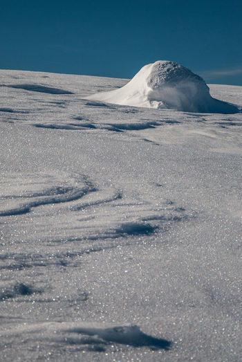 Wandering in white desert Winter Snow Pattern Shapes And Forms Minimalism Snowcovered Clear Sky Sunny Day endlessness Space Copy Space negative space Copy Space In Sky Hiking Snowdrifts No People Details Of Nature Sudety Giant Mountains