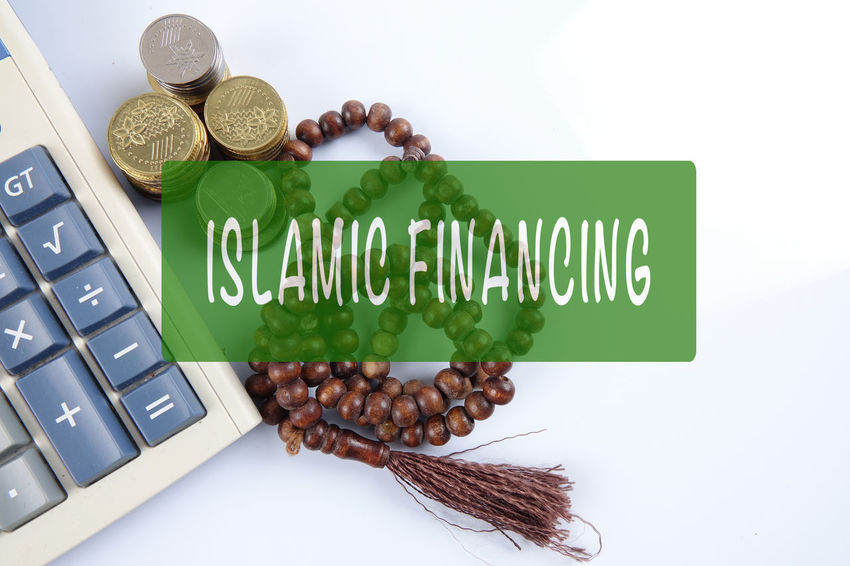ISLAMIC FINANCING CONCEPTUAL TEXT WITH COINS,ROSARY AND CALCULATOR Rosary Bank Banking, Business, Chart, Coins, Concept, Conceptual, Consultant, Corporate, Dividends, Finance, Financial, Government, Graph, Green, Growth, Help, Income, Investment, Islamic, Management, Personal, Plan, Profit, Retirement, Smart, Solution, Structure, Sy Business Calculator Capital Letter Close-up Coin Coins On The Table Communication Conceptual Finance Food Food And Drink Freshness Green Color High Angle View Indoors  Islamic Banking Islamic Financing Large Group Of Objects No People Sign Still Life Studio Shot Text Western Script White Background