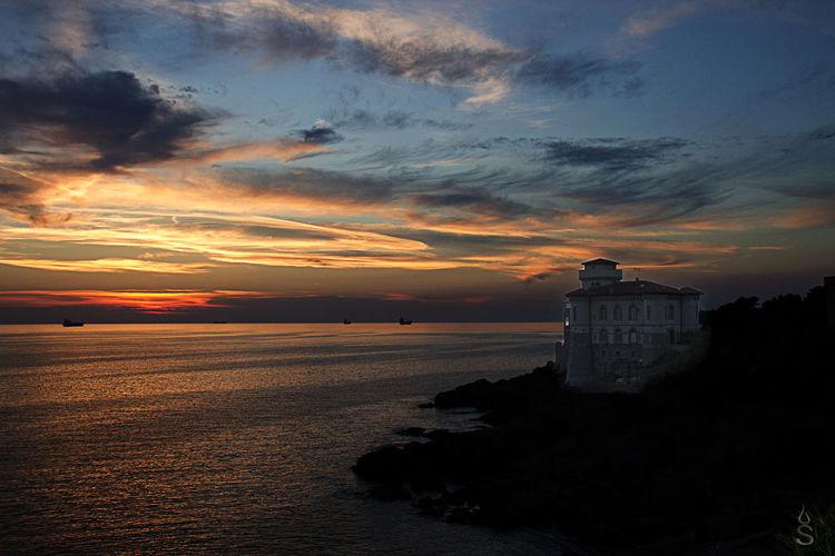 Canon Livorno Livorno Italien  Livorno Italy Livorno. Tuscany.sea Romito Sunset Sunset #sun #clouds #skylovers #sky #nature #beautifulinnature #naturalbeauty #photography #landscape Sunset_collection Tramonti Tramonti__italiani Tramonto Tramonto♡