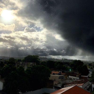 Aquele momento em que a chuva chega.