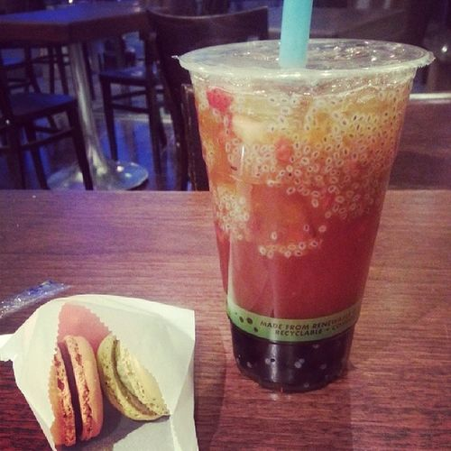 Macaroons Bobatea Downthehill my boba fix before I go see the fambam lol ;)