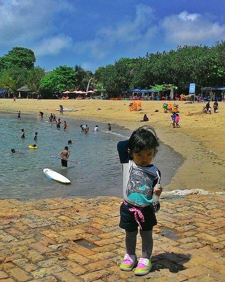 My baby at sanur Bali Explorebali Sanurbeach Kofipon Asuszenfone5 Zenfone5 MyAdventure Mytrip Baby Photooftheday BeautifulIndonesia INDONESIA Visitindonesia Iloveindonesia Jalanjalan