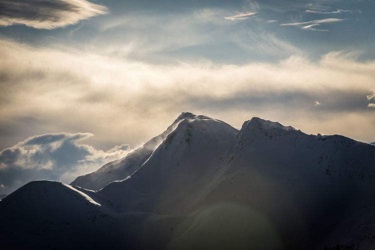 Cloud - Sky Sky Beauty In Nature Scenics - Nature Mountain Tranquil Scene Cold Temperature Tranquility Winter Snow Snowcapped Mountain No People Mountain Range Nature Environment Non-urban Scene Idyllic Landscape Day Mountain Peak
