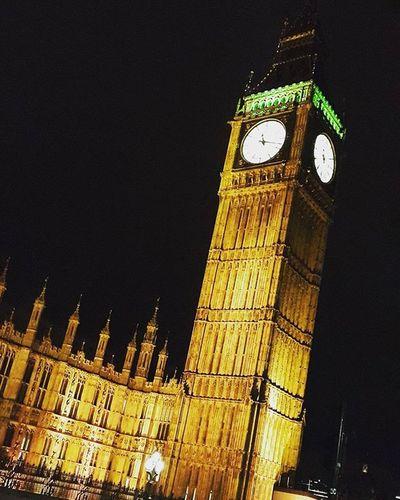 London times London Bigben Nighttime Lights History Clock Buildings Parliament Centrallondon Famousclock