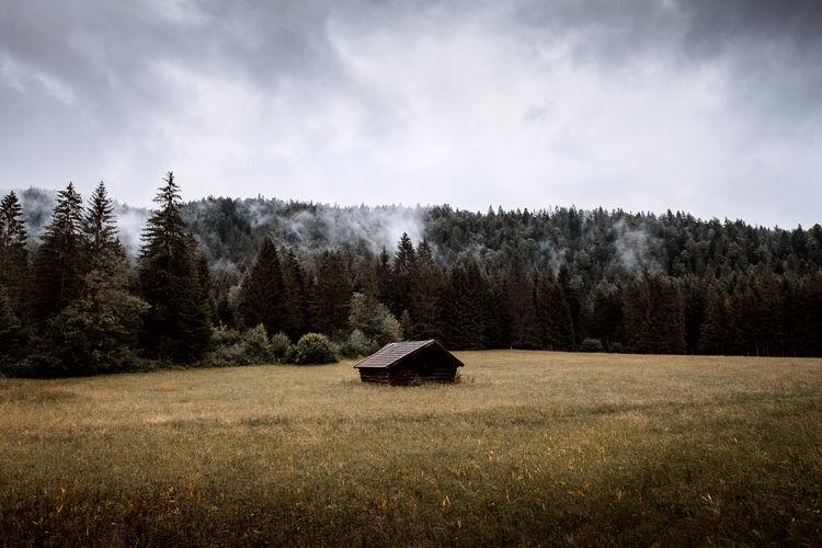 Cottage in farmland